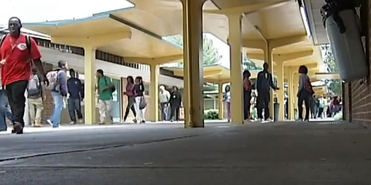 Estudiantes de intercambio necesitan encontrar familia en el Panhandle de Texas