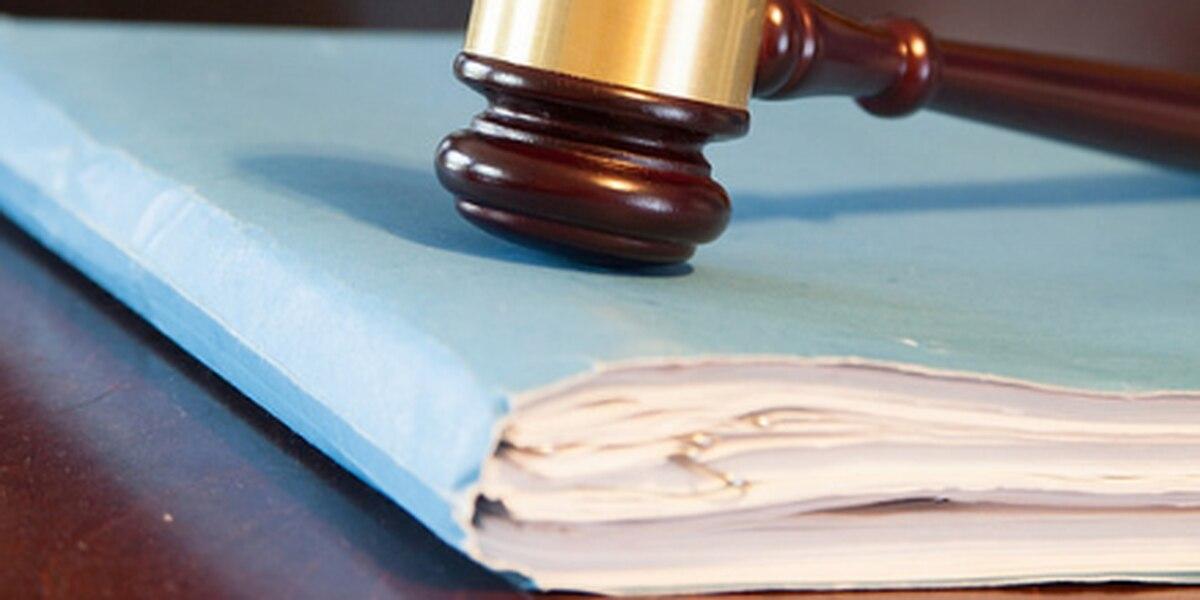 Cargos de asalto sexual de 3 aviadores descartados por abogado estatal