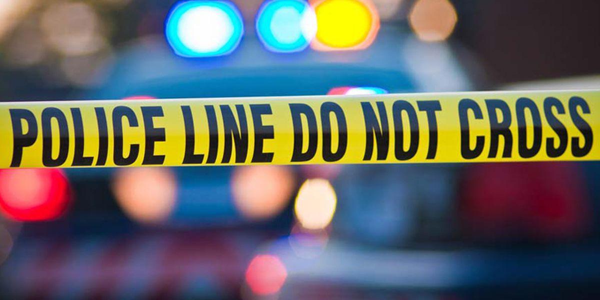 Hombre de 23 años encontrado muerto, unidad de homicidios investigando