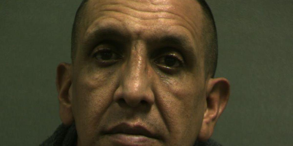 Hombre enfrenta cargos después de incautación de $90,000 en cocaína encontrada en autobús de Greyhound en Amarillo