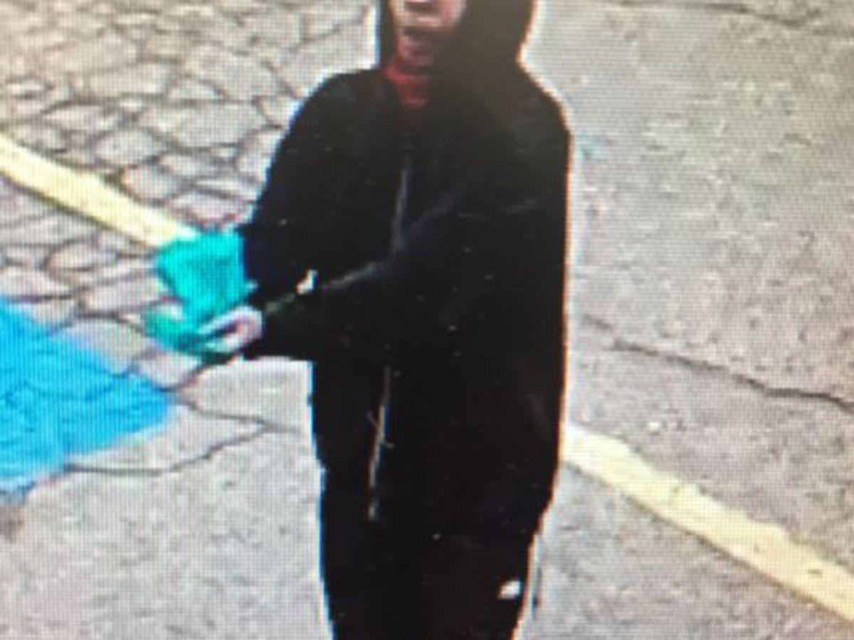 Jóven arrestado por robo de tienda cerca de Ave. 34 y calle Western
