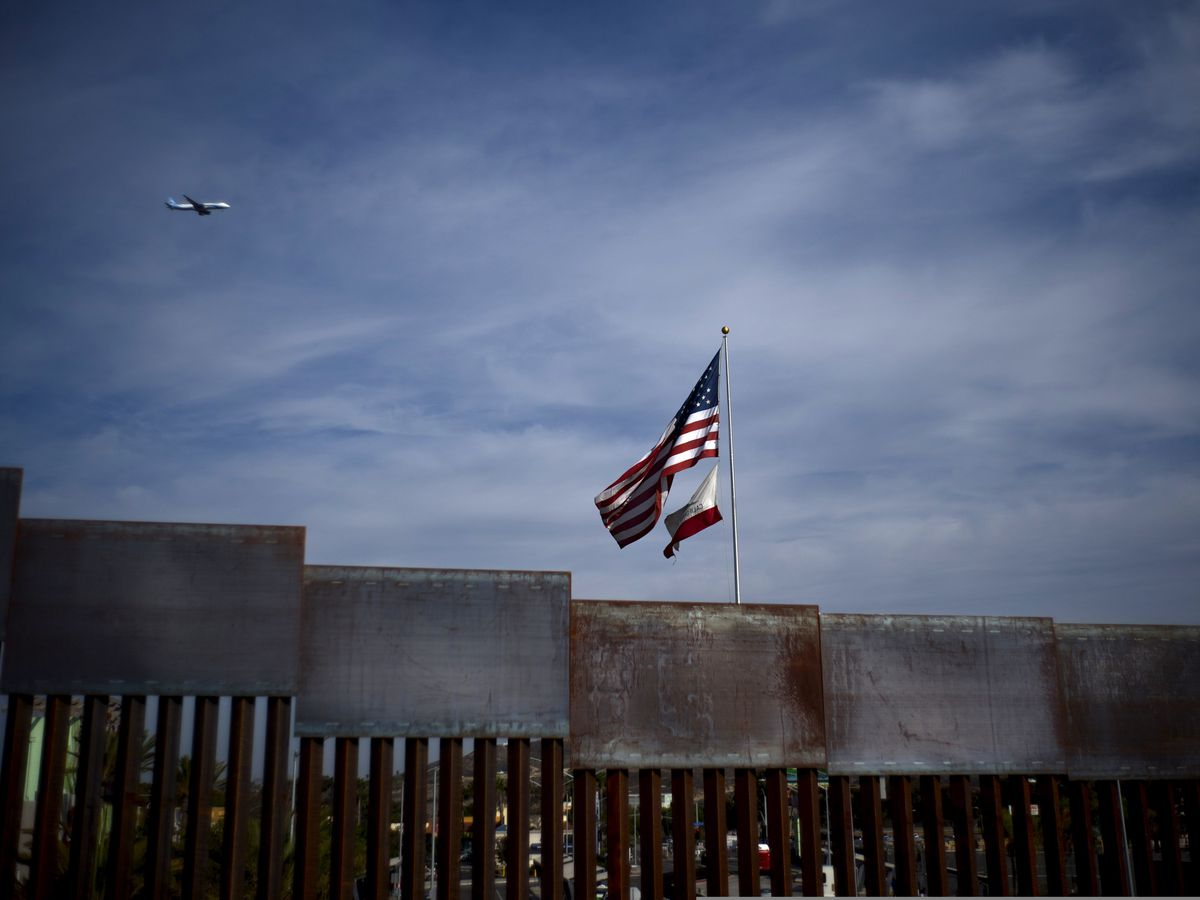 US judge stalls enforcement of Trump asylum restrictions