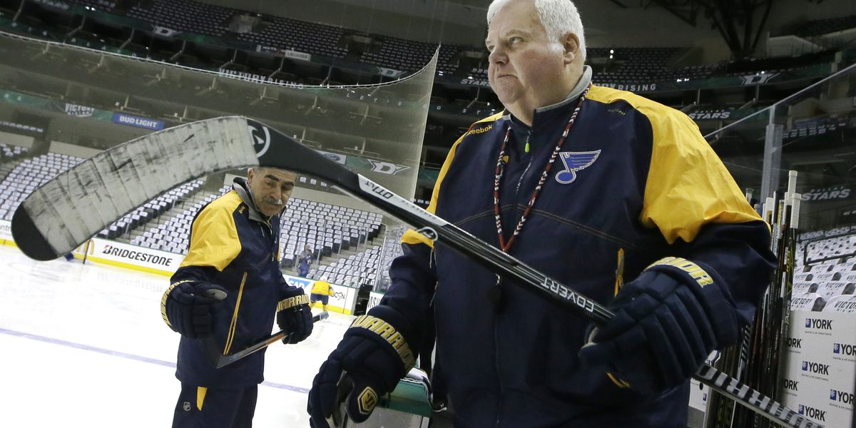 Edmonton Oilers fire McLellan, hire Hitchcock to take over