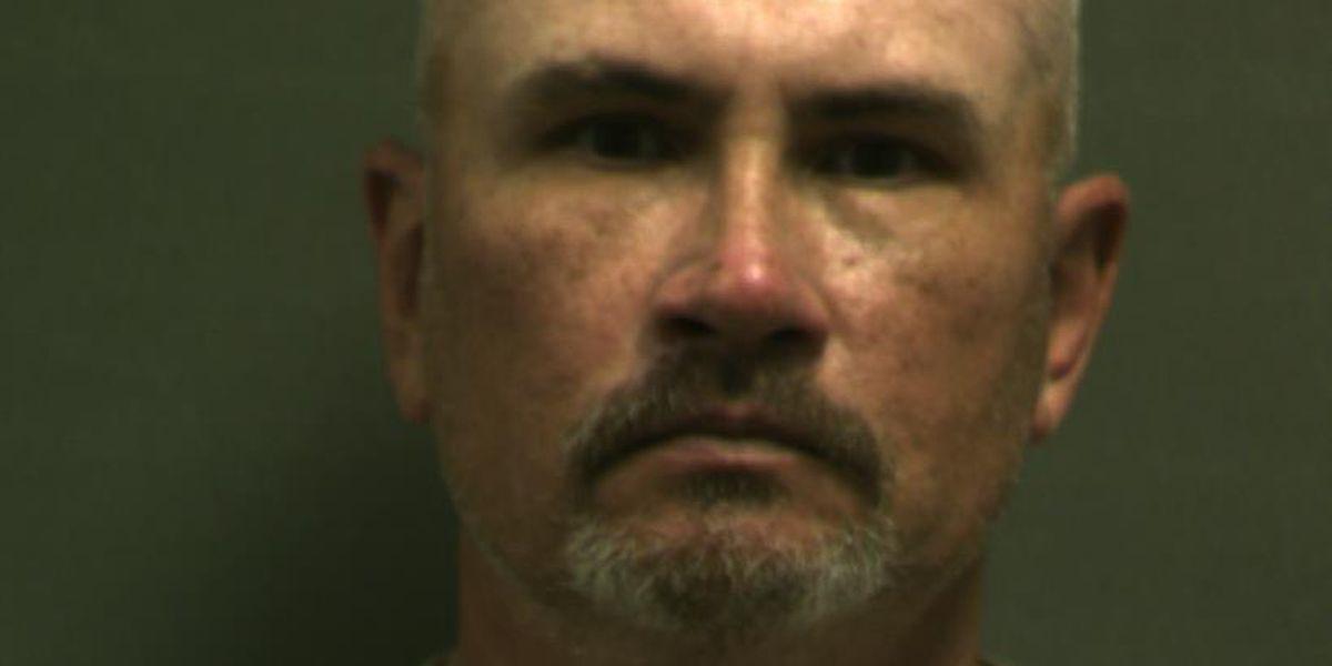 Hombre de Amarillo acusado de participar en redes de pornografía infantil en línea
