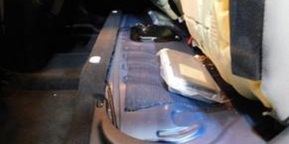Patrullero encuentra $250,000 en valor de cocaína durante parada de tráfico en condado Carson