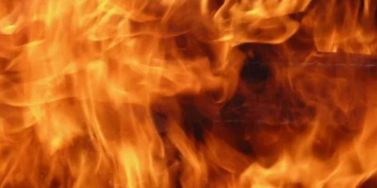 Bomberos de Amarillo investigan causa de incendio en primaria Lawndale