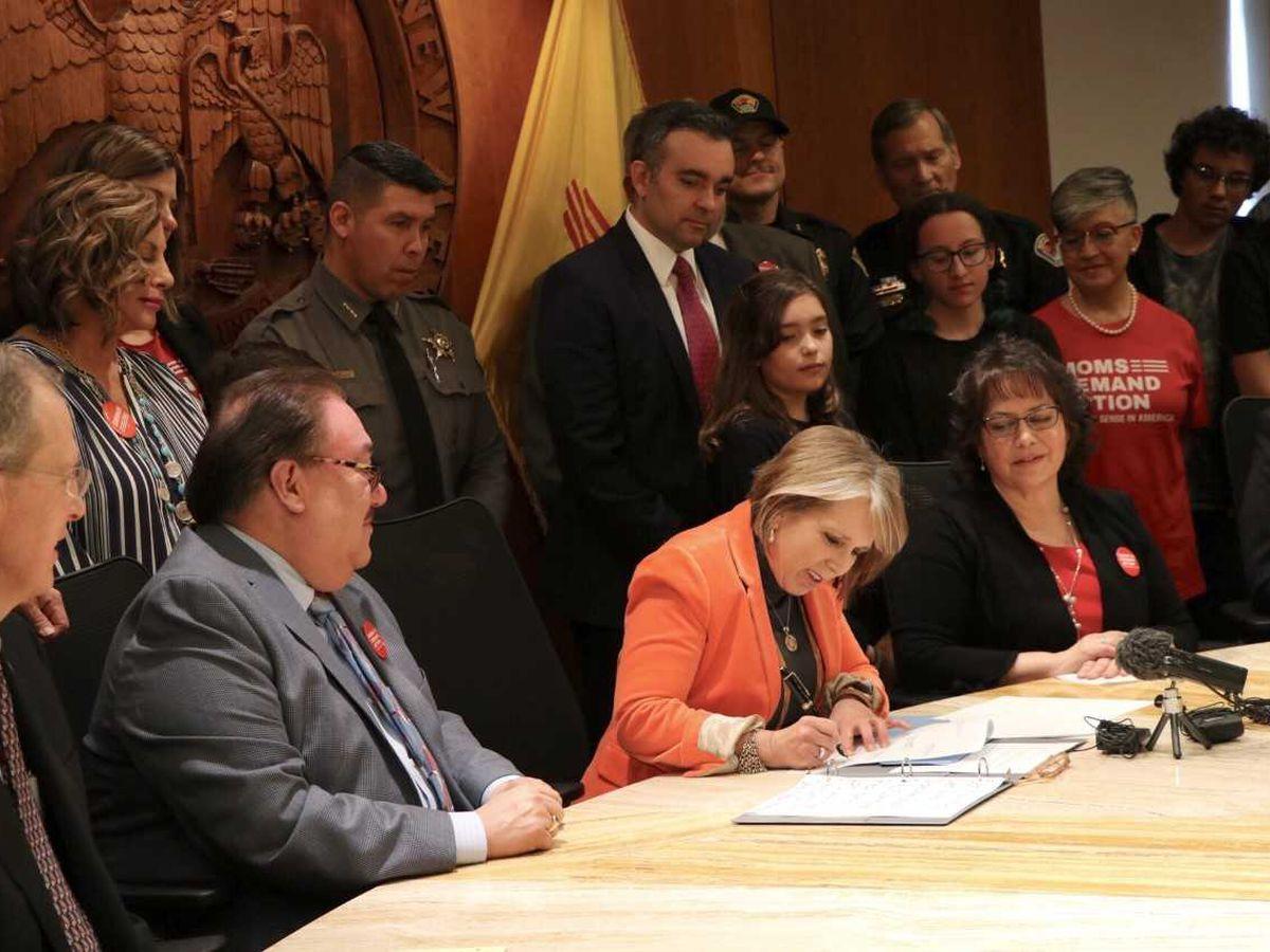 Agencias de la ley de Nuevo México criticando nueva ley de armas