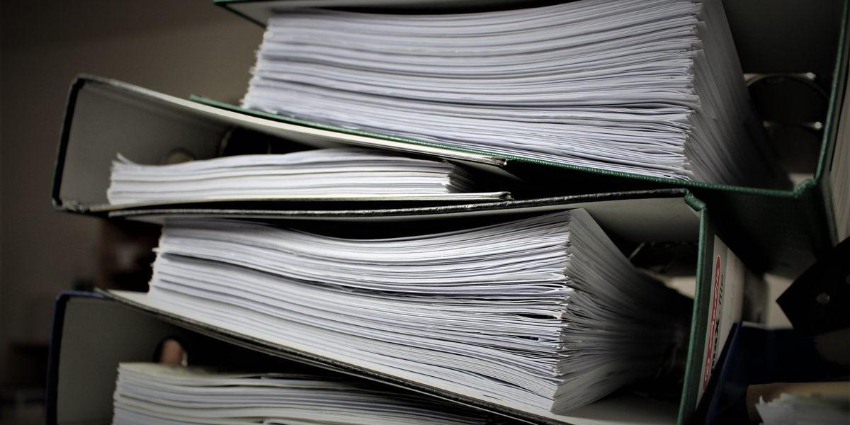 Agencia de Mejores Negocios de Amarillo realizando día de deshacerse de documentos