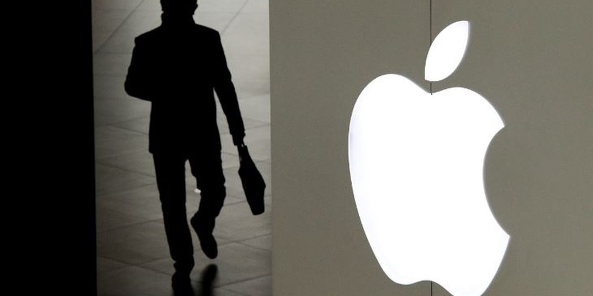 Supreme Court allows consumers antitrust suit against Apple