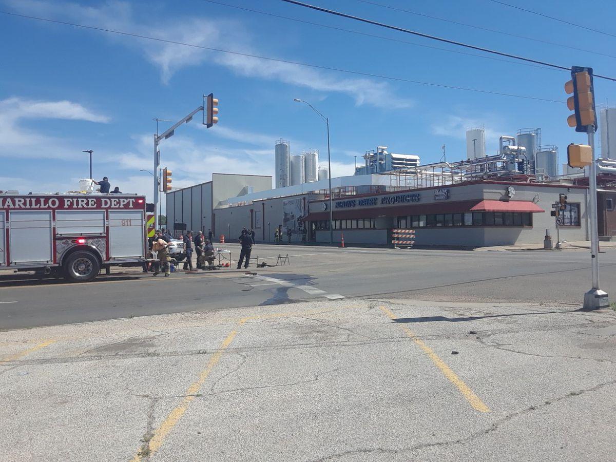 Bomberos de Amarillo responden a situación de material peligroso en Plains Dairy