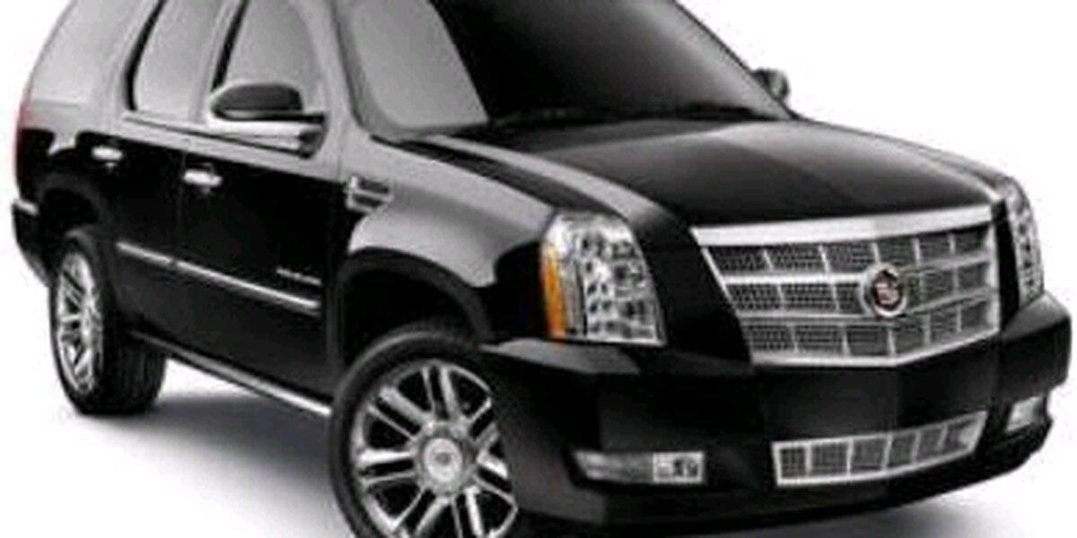 Autoridades locales solicitan la ayuda del público para ubicar vehículo robado